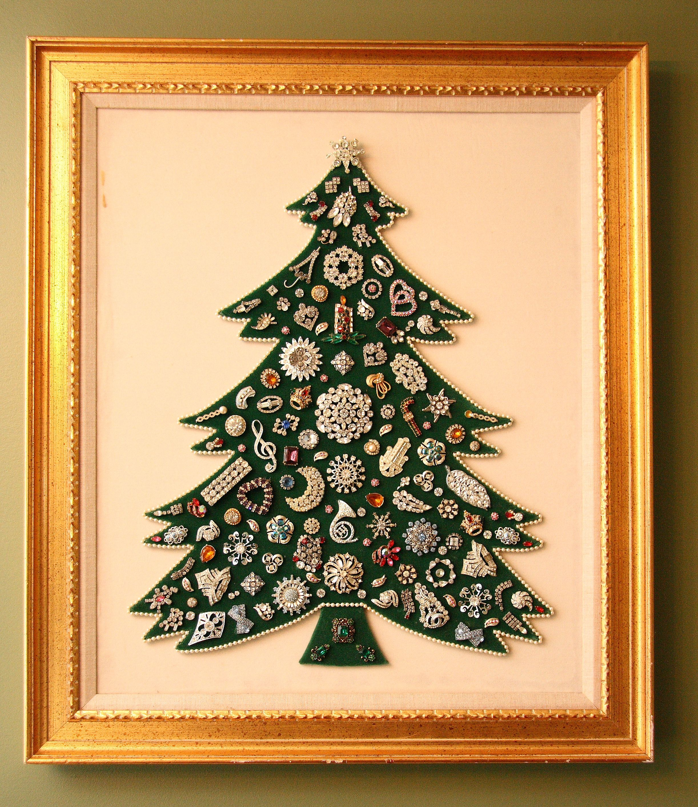Jewel Christmas Tree Decorations: Framed Jewelry Christmas Trees
