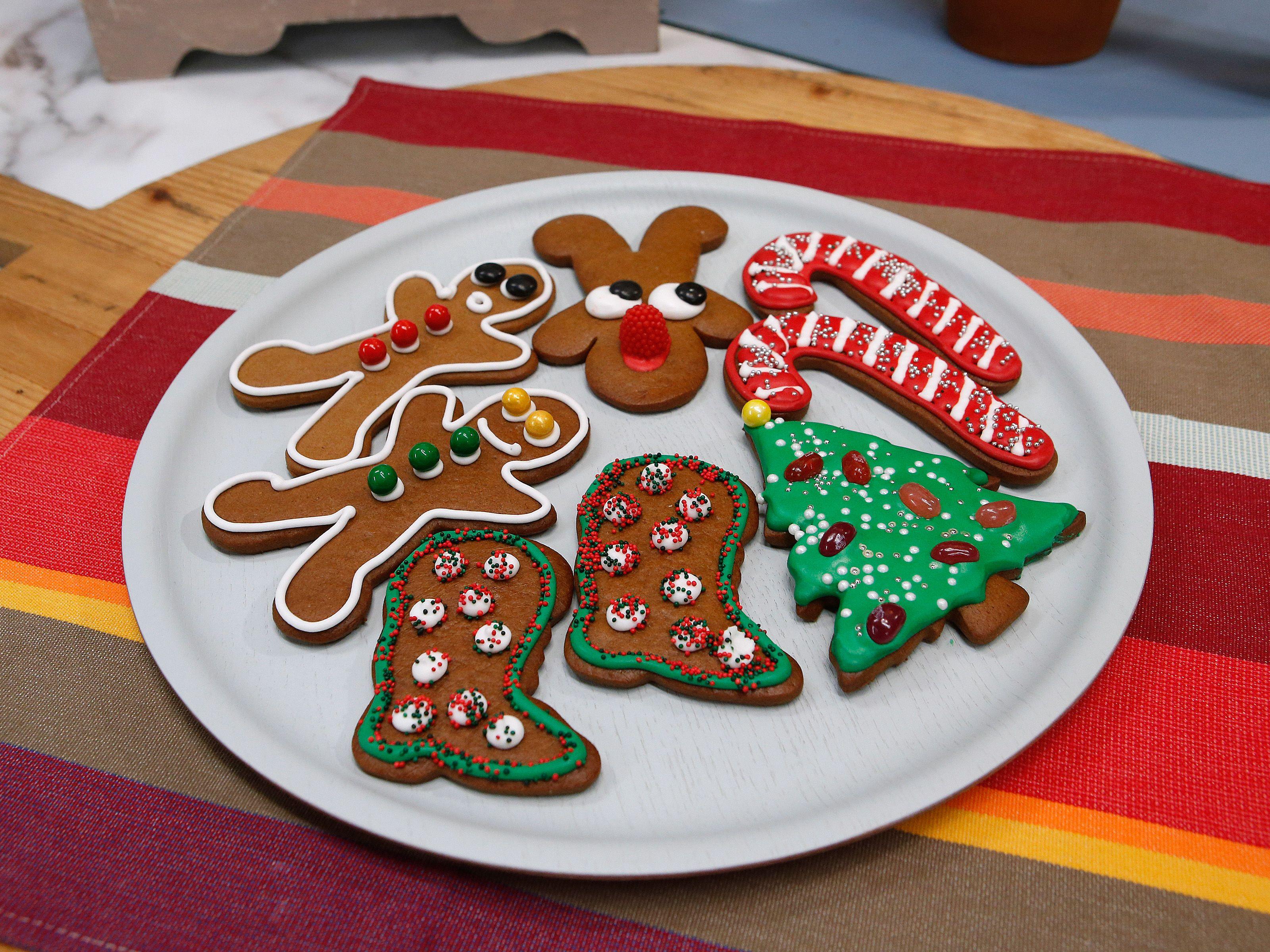 Gingerbread cookies recipe cookie recipes gingerbread and food cookie monster gingerbread cookies recipe from duff goldman via food network forumfinder Gallery