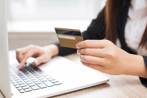 With So Many Options In Today S Digital Banking World Relationships Between Banks And Their Loyal Consumer Base Have Cha Online Banking Retail Banking Banking