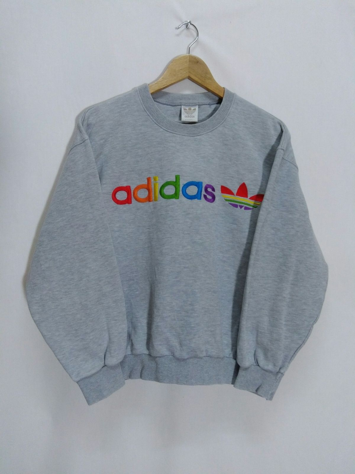 Buy Adidas Vintage Adidas Colorful Embroidered Sweatshirt Size L Description Tag Brand Adidas Size L Embroidered Sweatshirts Sweatshirts Vintage Adidas [ 1600 x 1200 Pixel ]