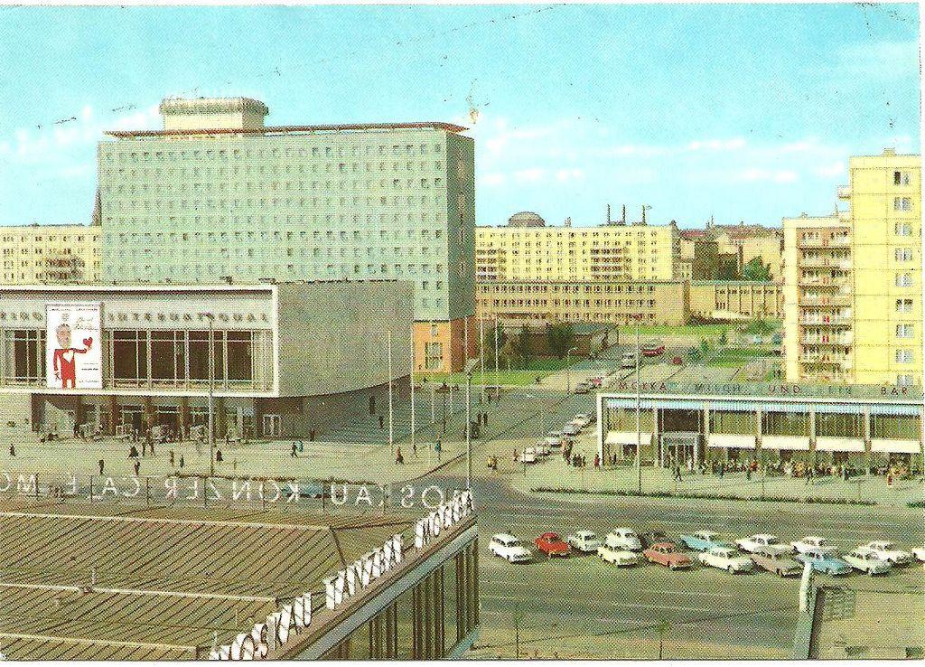Berlin Karl Marx Allee Mit Hotel Berolina Und Kino International Berlin East Berlin Berlin Germany