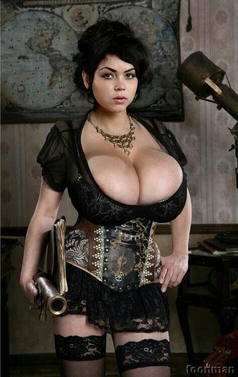 Cosplayrt natural boobs