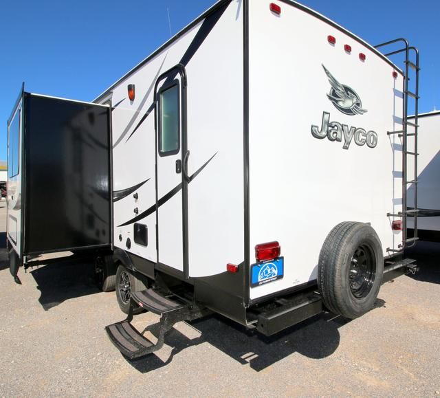 2016 New Jayco WHITE HAWK 24MBH Travel Trailer in Texas TX.Recreational Vehicle, rv, 2016 Jayco WHITE HAWK24MBH, Bumper Mount Grill, Customer Value Package, Elec Stabilizer Jacks, Glacier Package, Roof Ladder,