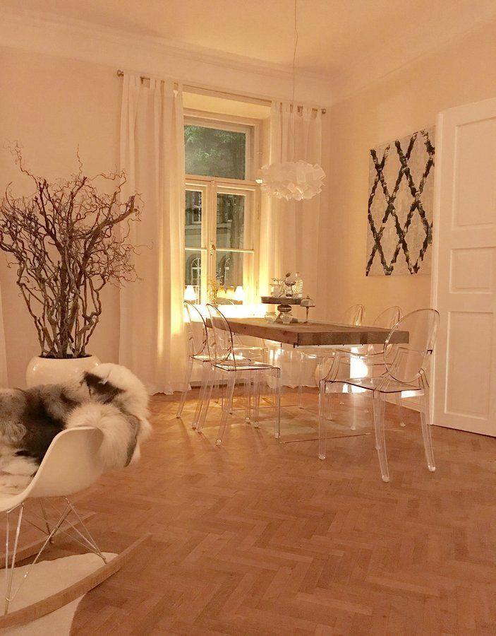 Warm Beleuchtetes Esszimmer | SoLebIch.de Foto: Alexa W. #solebich # Esszimmer #ideen #Wandgestaltung #skandinavisch #tisch #einrichtung #u2026