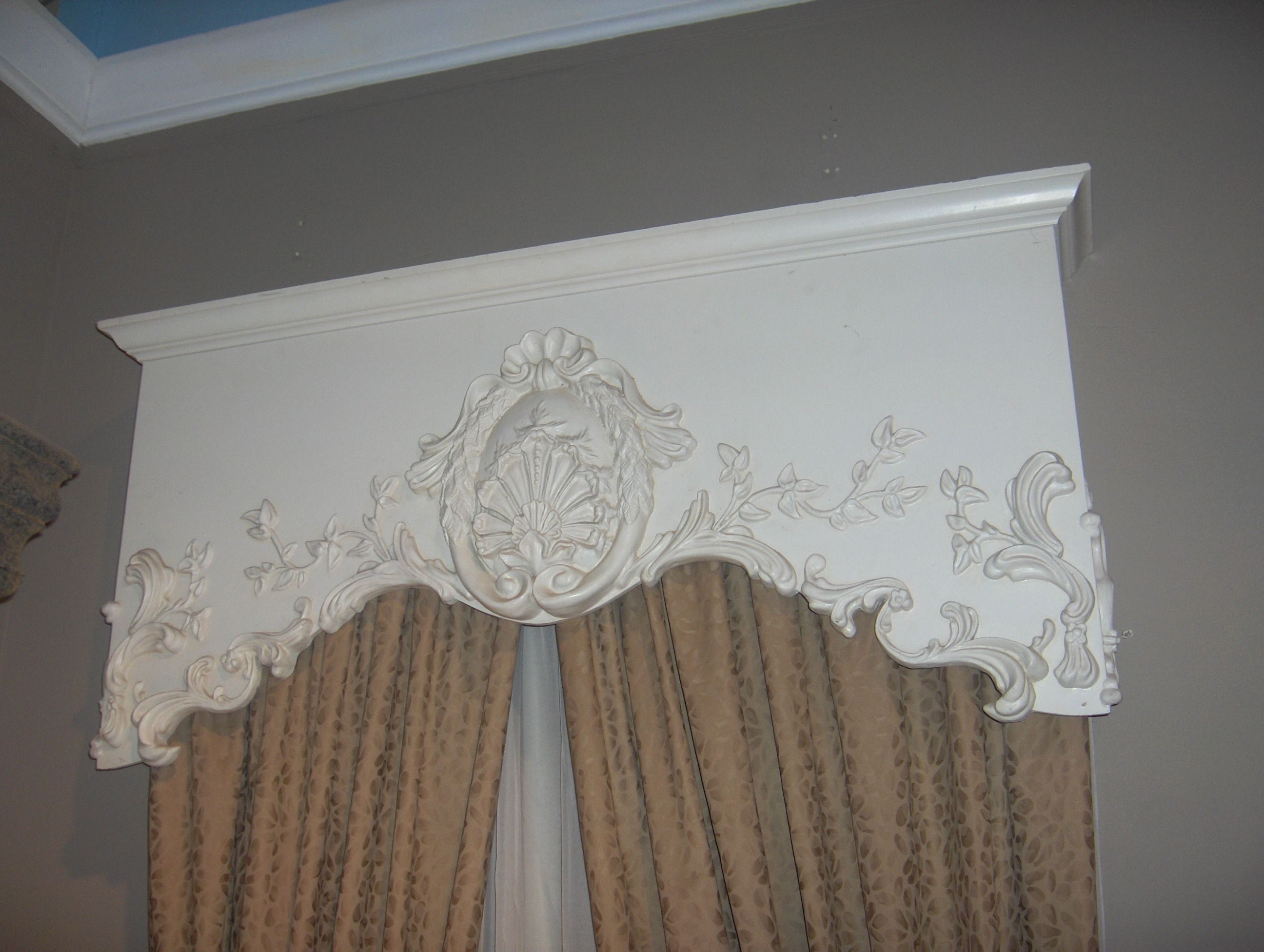 Found an old mirror cut it up and used the top portion to for Bedroom cornice design