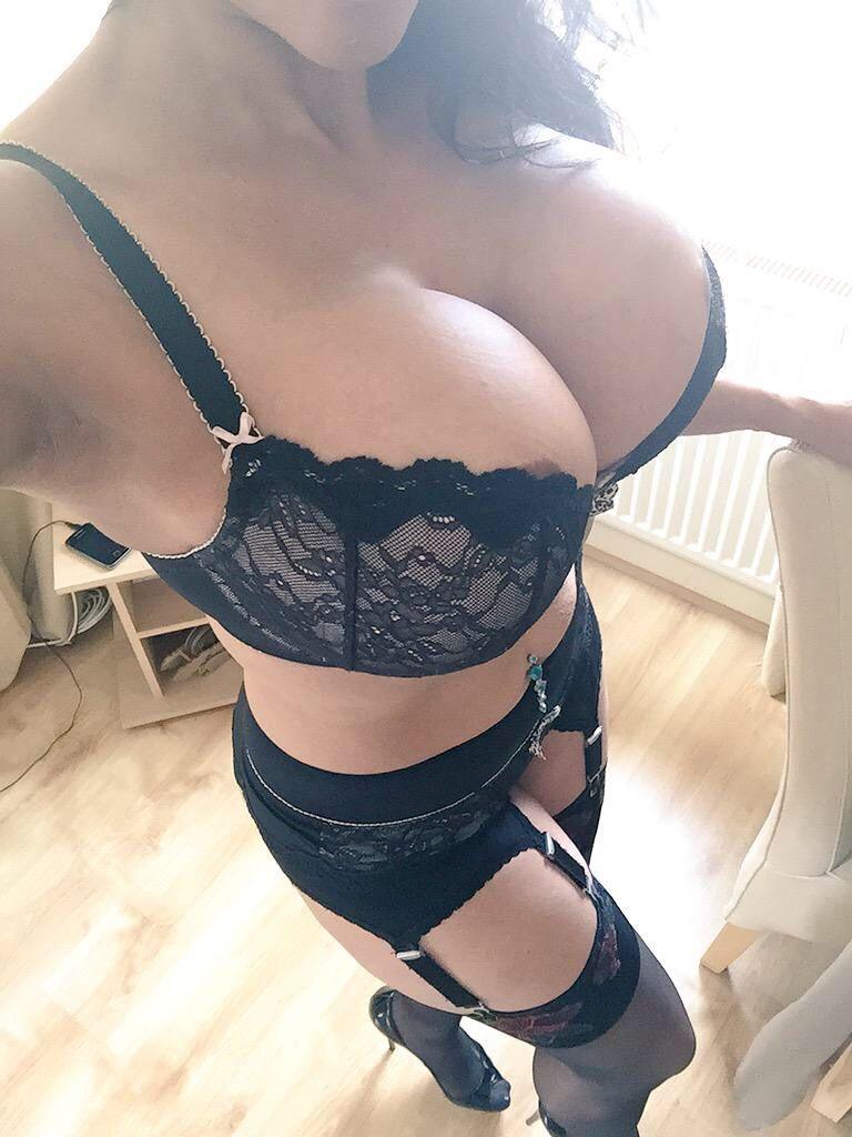 good mission | beautiful mature women | pinterest | stockings