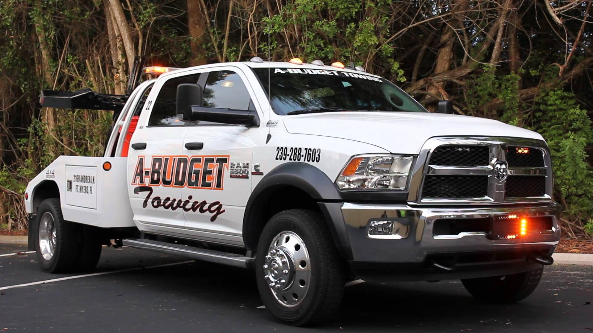 A Budget Towing Dodge Ram Tow Truck Lighting Package You