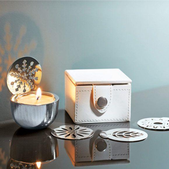 teelichthalter im reiseset vier jahreszeiten set 24 90 silberfarbenes metall inkl vier. Black Bedroom Furniture Sets. Home Design Ideas