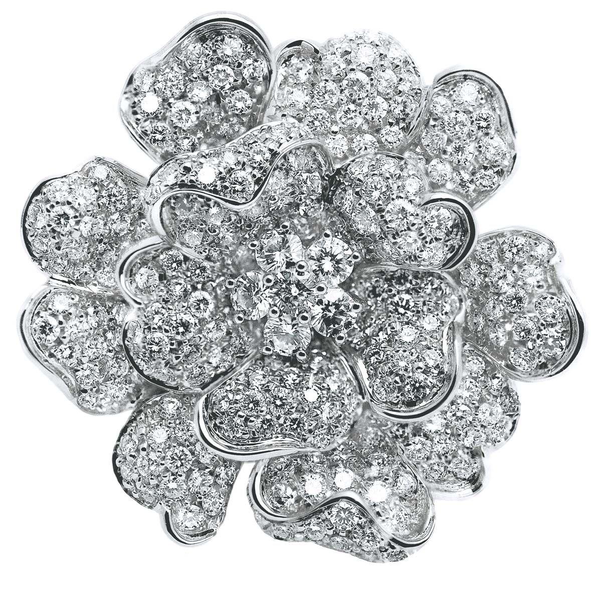 Leo Pizzo anello oro bianco e brillanti http://goo.gl/EFfjOf