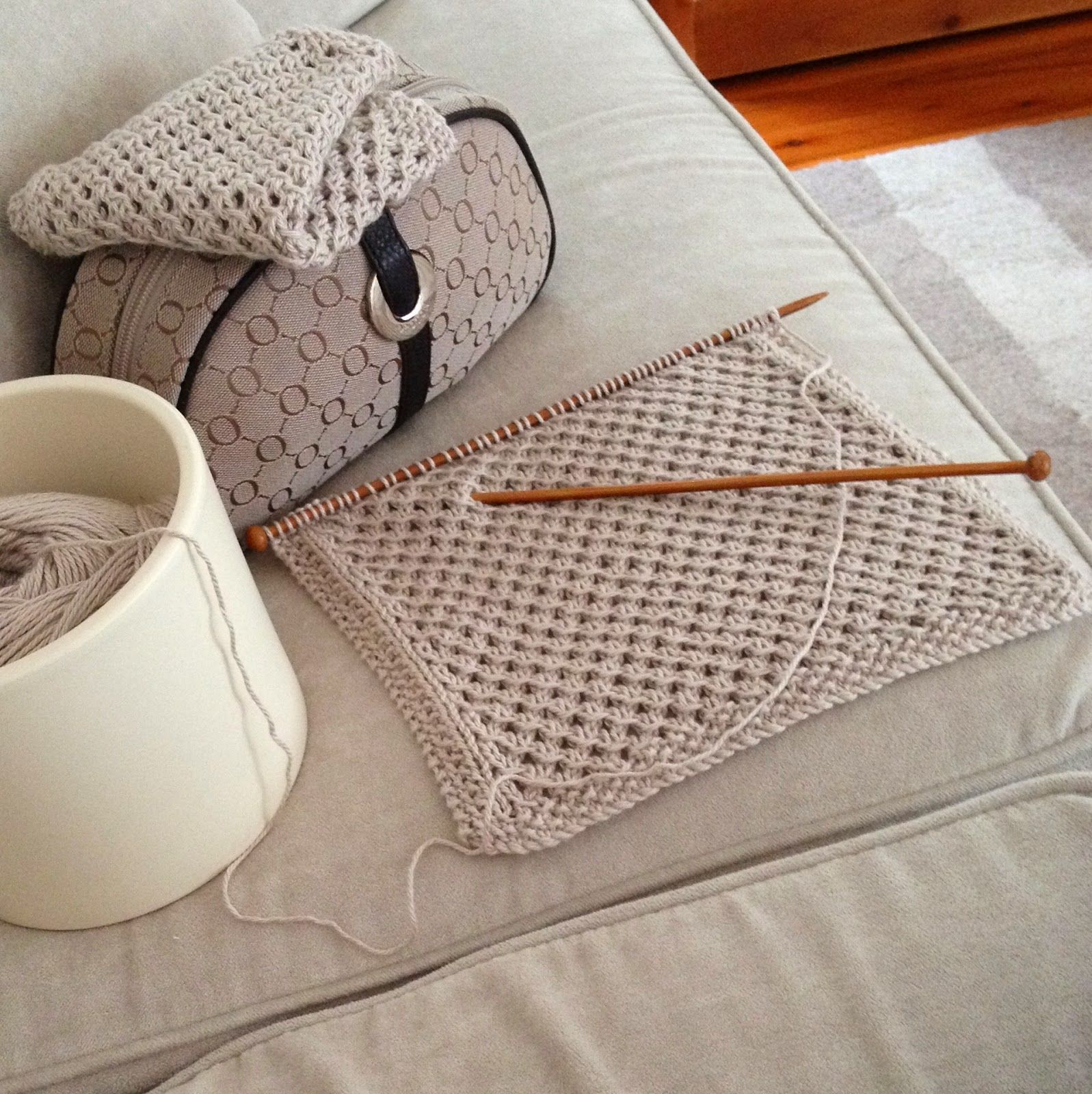 My Oroton knitting bag has inspired me to create a washer pattern to ...