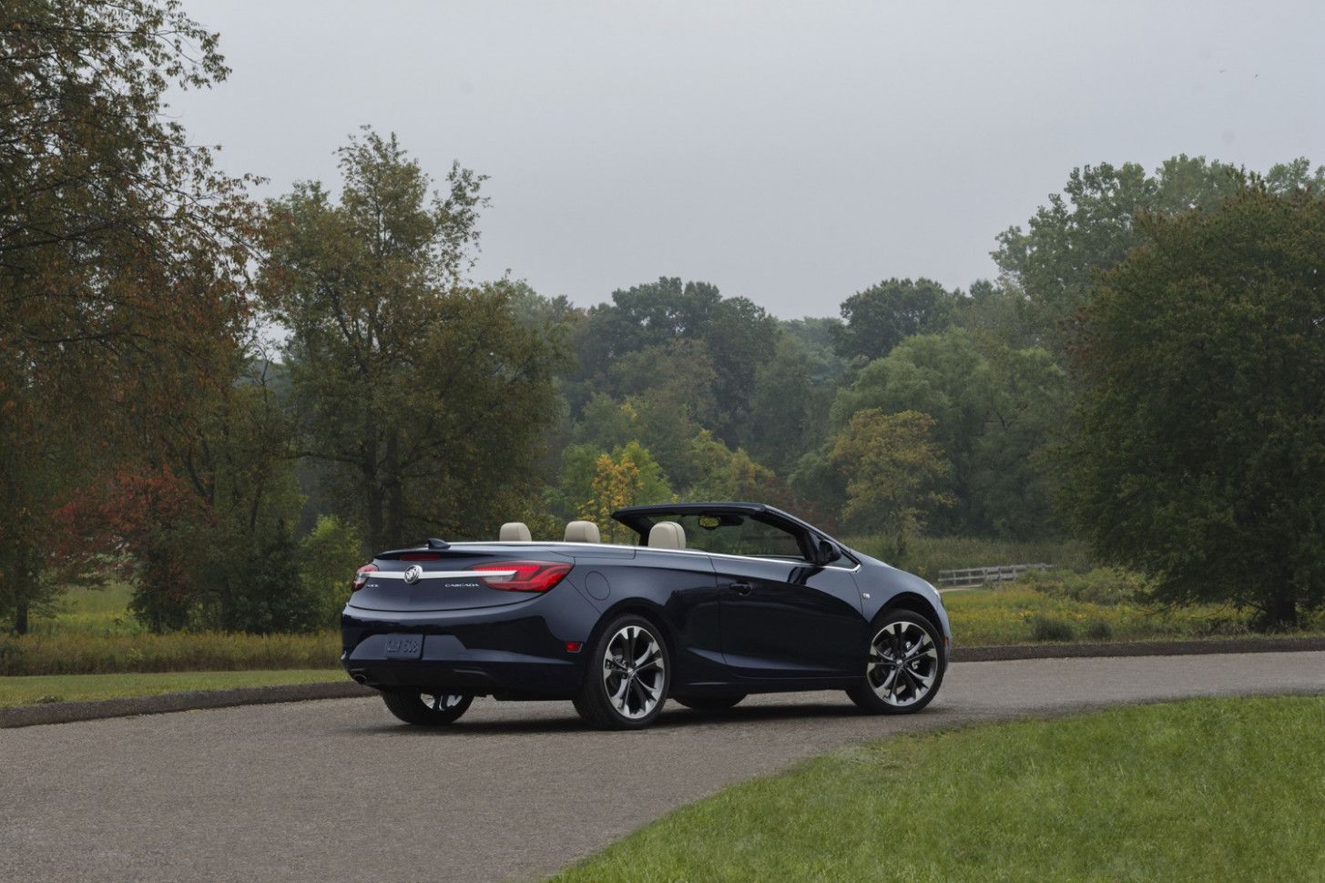 Buick Cascada 2020 Price And Release Date In 2020 Buick Cascada Buick Buick Envision