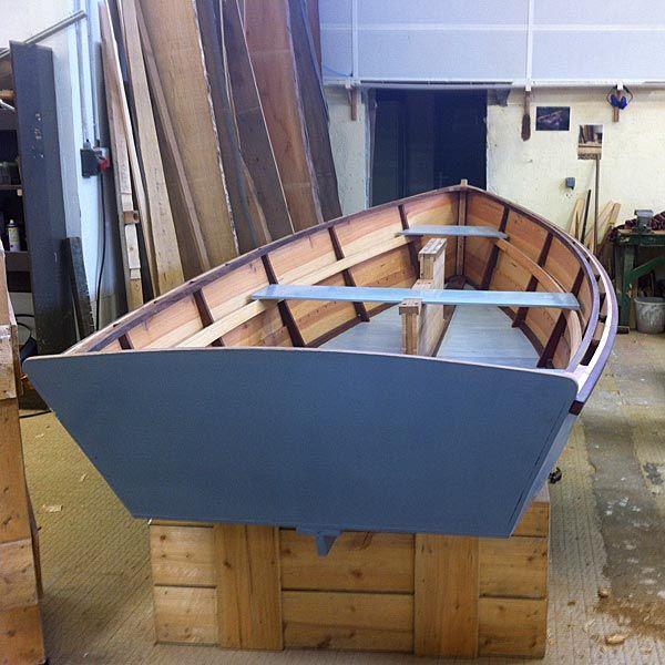 building a charlotte skiff skol ar mor boatbuilding construction bois pinterest bateaux. Black Bedroom Furniture Sets. Home Design Ideas