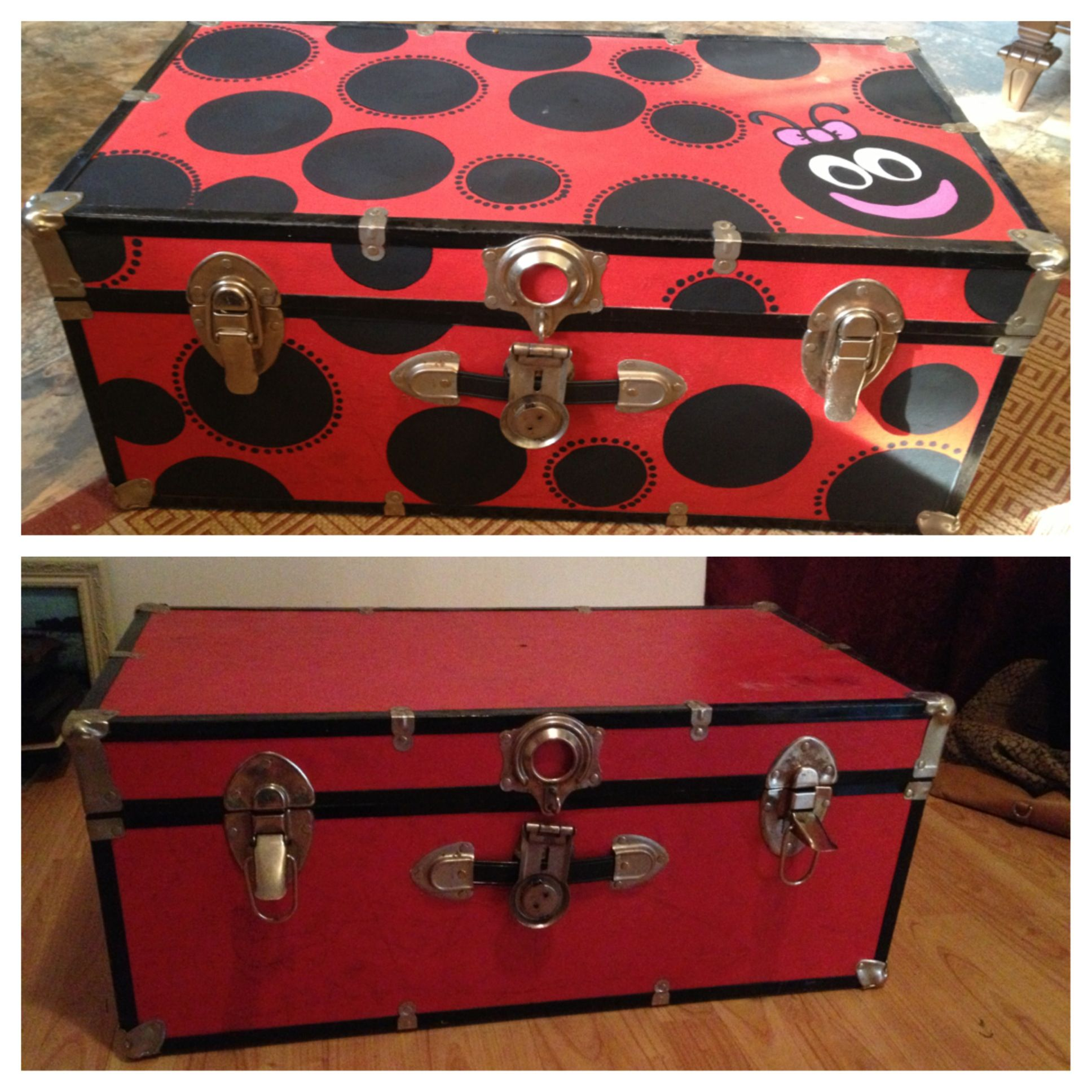 Old trunk turned toy box :)