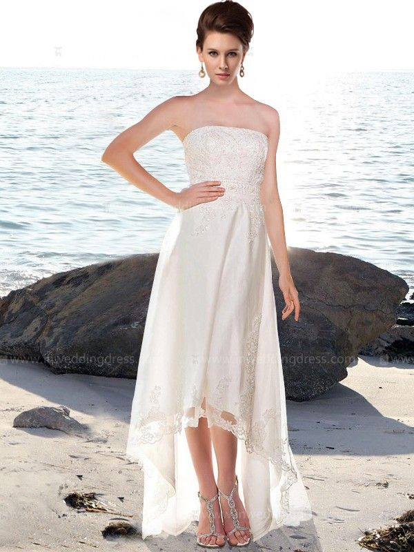 Casual Wedding Dress Features In Lace And Tulle Strapless Bodice