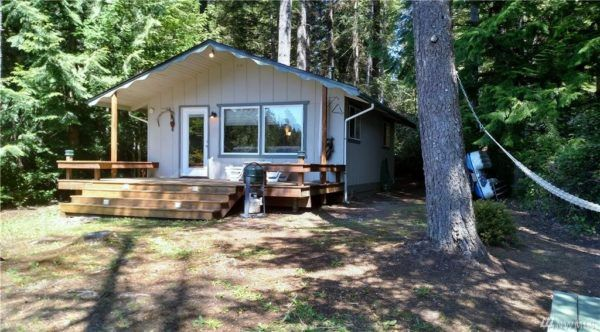 480 Sq Ft Tahuya Cabin With Land For Sale Water House Cabin Small Tiny House