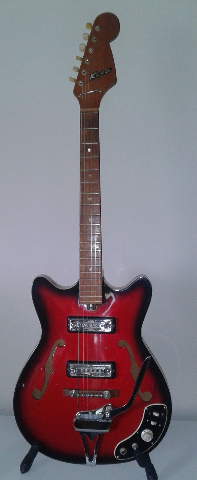 Details about VINTAGE 80's Vantage 118T Solid Body Electric Guitar