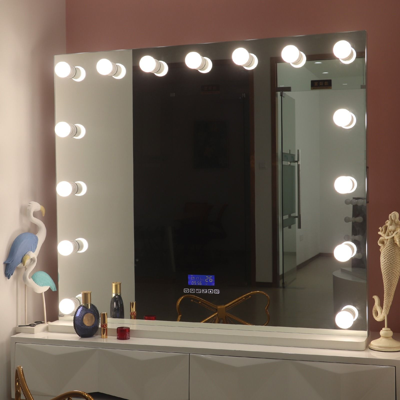 hollywood vanity mirror with bluetooth 102*90cm Customized