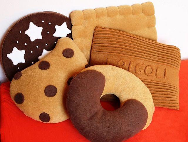 Biscotti Bambini ~ Cuscini biscotto cuscini cucito e cuscini fai da te