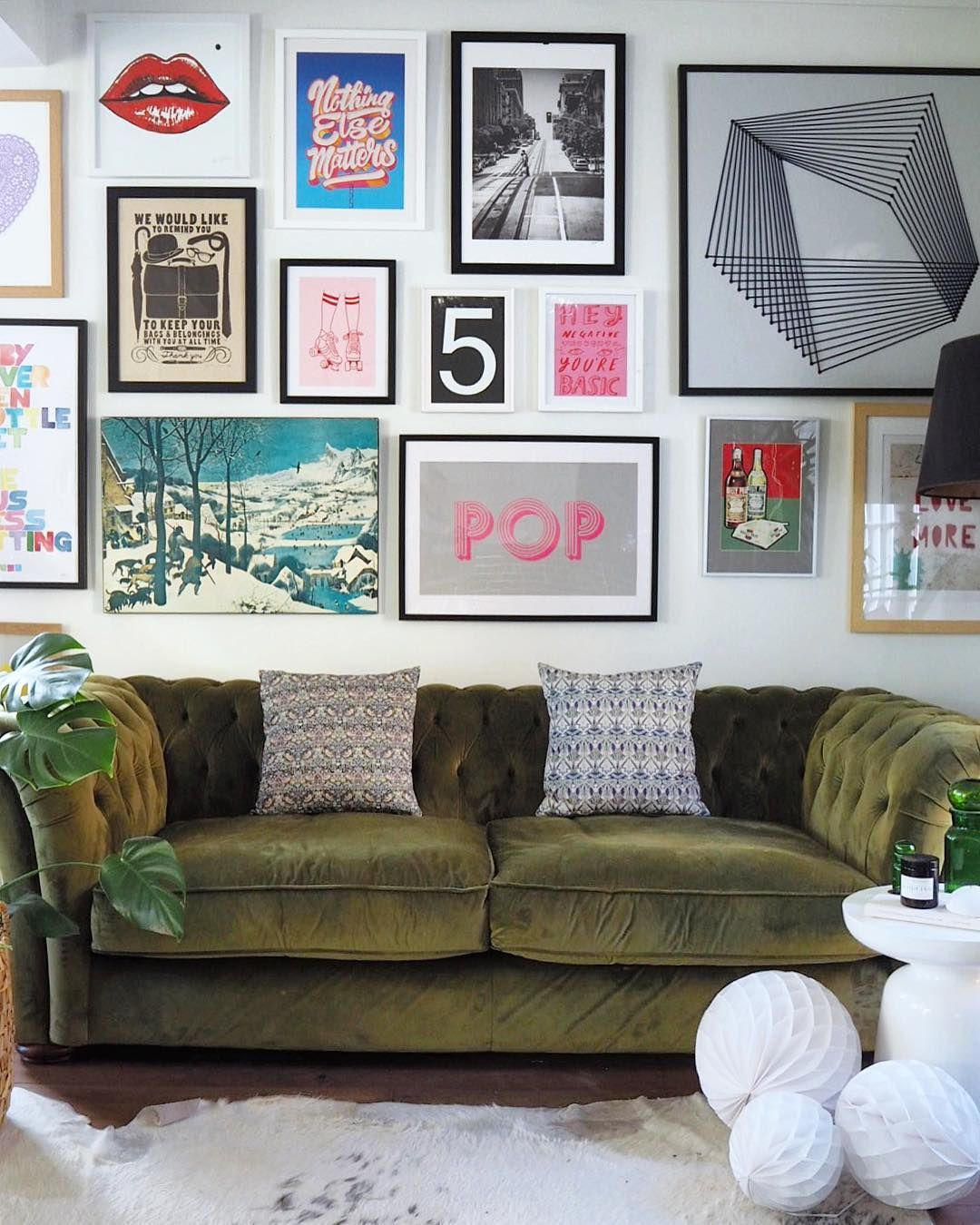 Gallery Wall Green Sofa Eclectic Gallery Wall Home Decor Styles Decor Beautiful living rooms tumblr