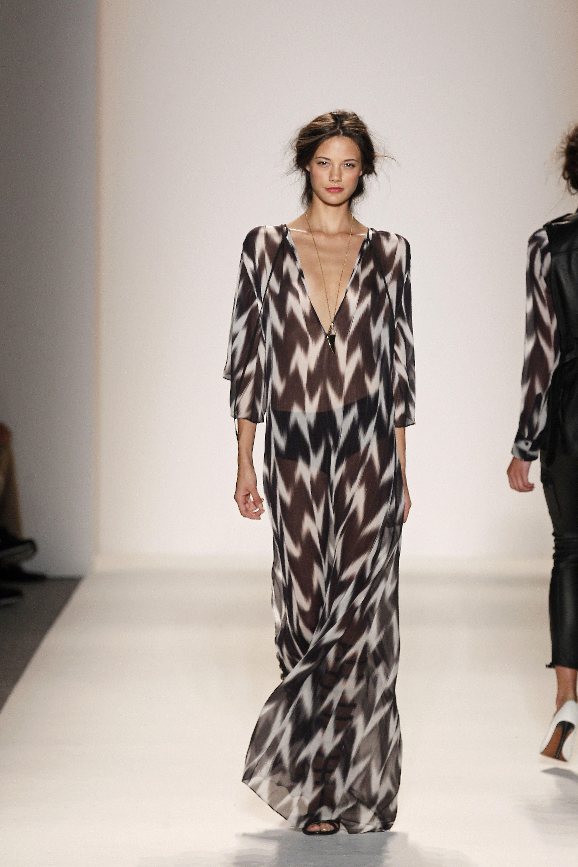 Rachel Zoe Tilbury Ikat Caftan Maxi Dress Nordstrom Moda Moda Vestidos Desfile De Moda [ 4896 x 3264 Pixel ]