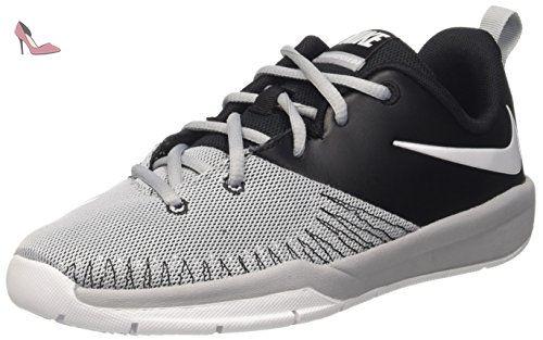 Nike Team Hustle D 7 Low (GS) Chaussures  de basket ball Homme Noir