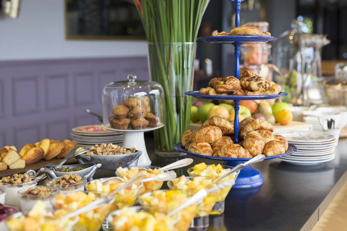 An Epic Pile Your Plate Session Is Awaiting You At These Buffet Tables In The Major Cities