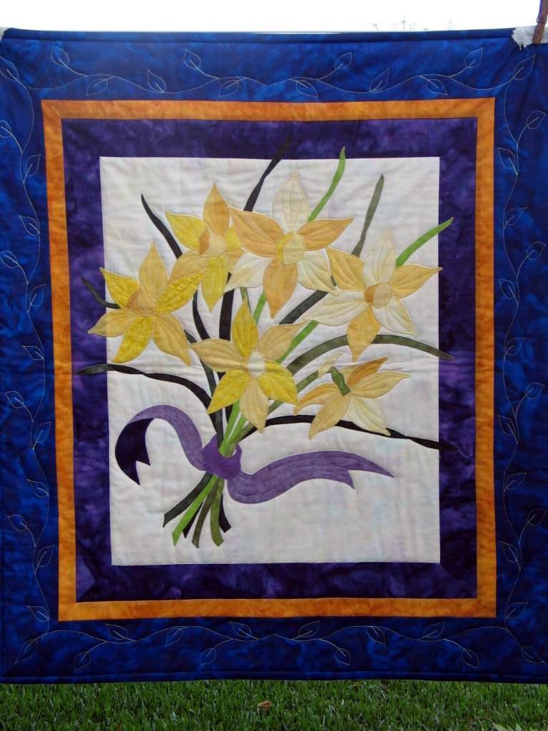 Daffodil quilt - applique work. Bought the pattern at the Houston ... : quilting houston - Adamdwight.com
