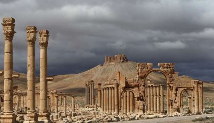 Antigua ciudad de Palmira, en medio del desierto sirio. / AFP
