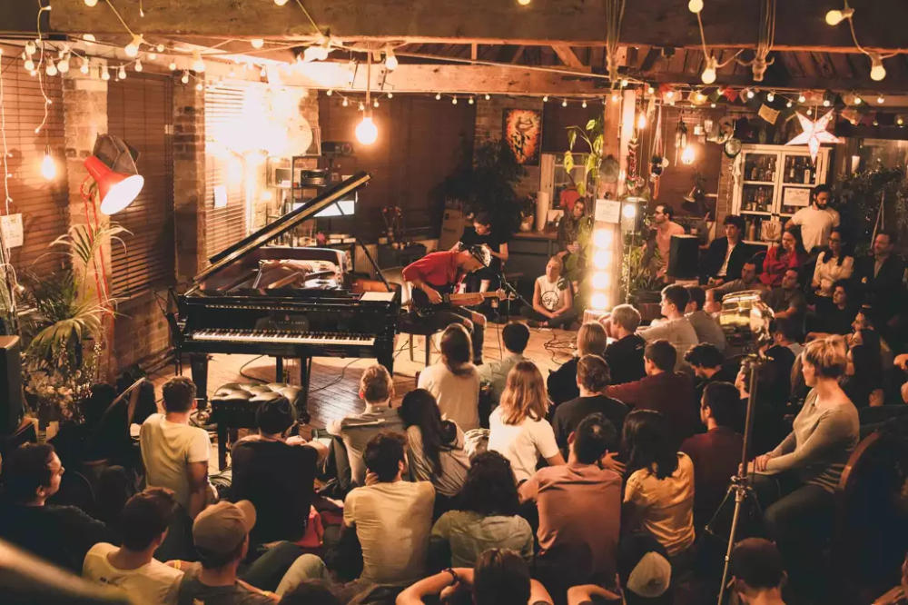 Sofar Sounds Various Locations Live Music Bar In London London Bars Jazz Bar Live Music Bar