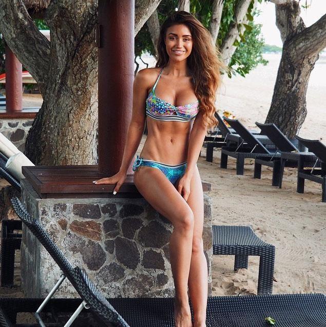 9b81b998fa Major Fitspo  The 50 Best Bikini Bodies on Instagram - Pia Muehlenbeck