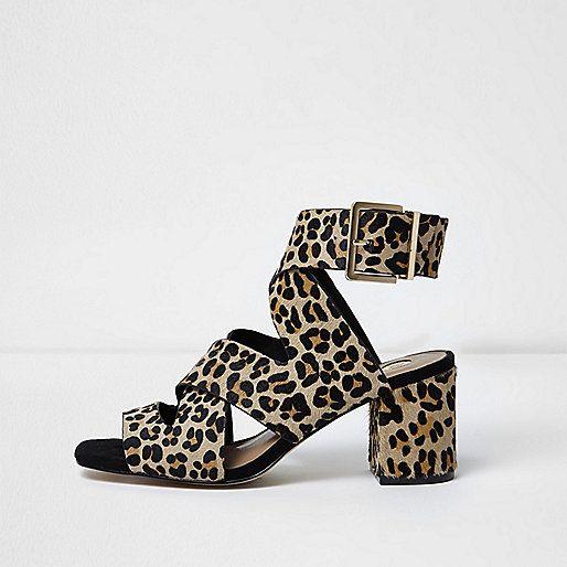 Bruine sandalen met luipaardprint en