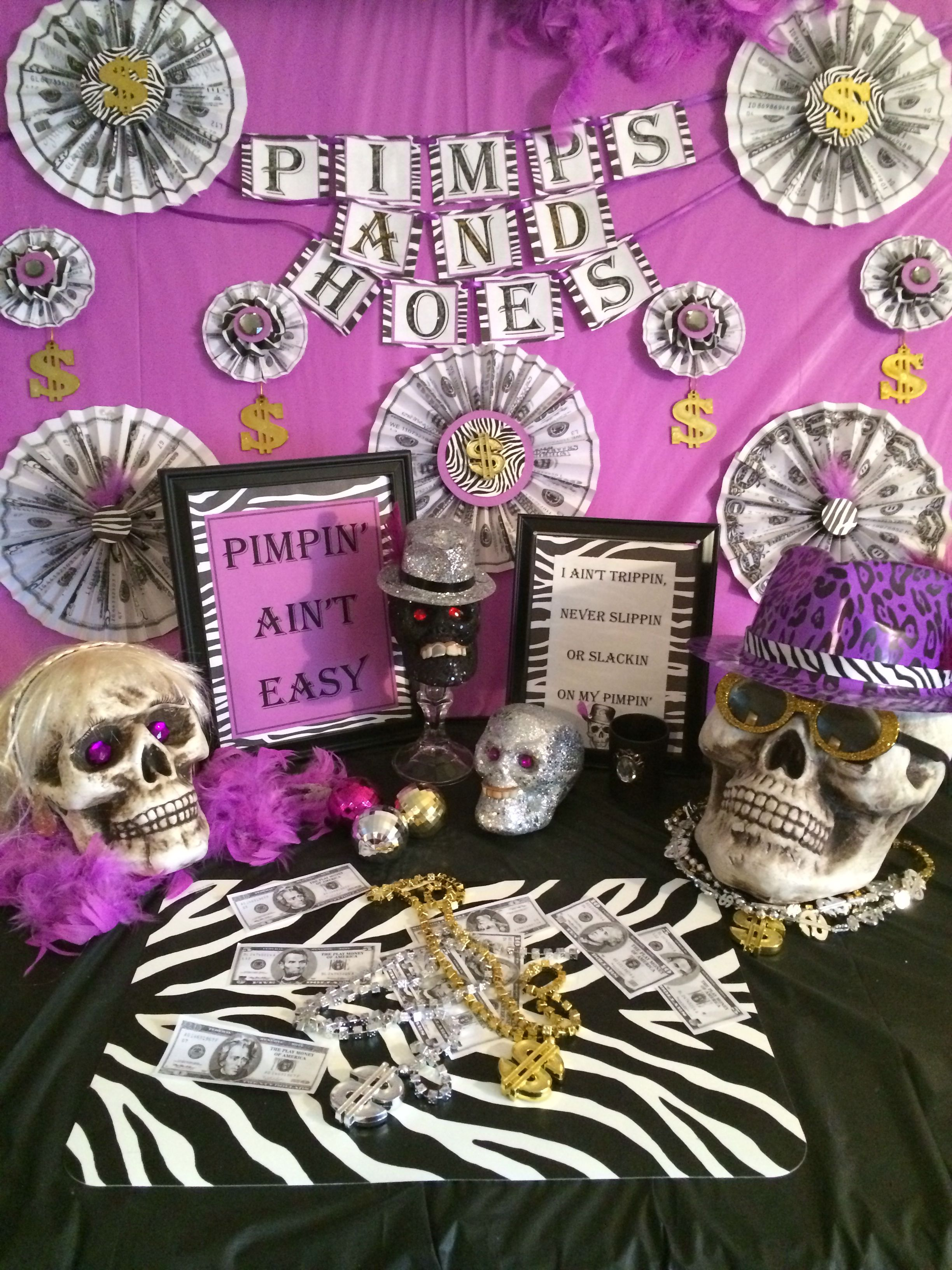 101 Theme Party Ideas—Because It Ain't a Party Without aTheme 101 Theme Party Ideas—Because It Ain't a Party Without aTheme new pics