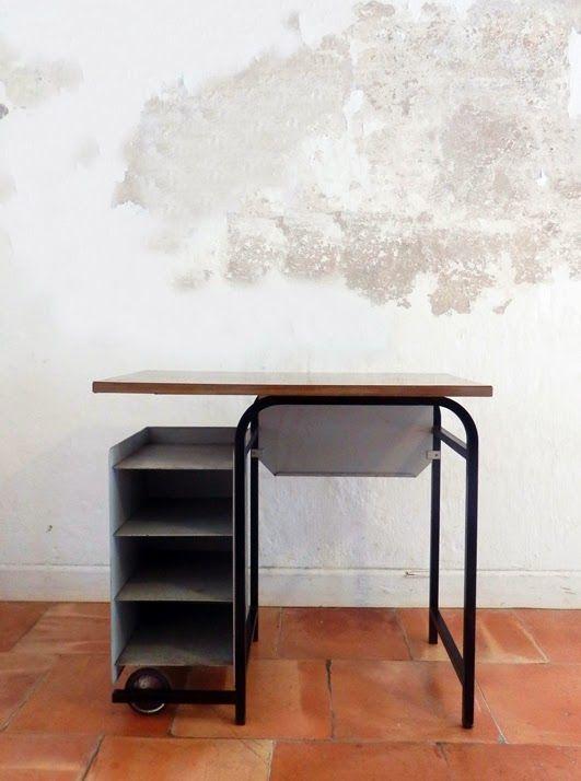 Bureau industriel Petit bureau vintage, métal, bois Objet