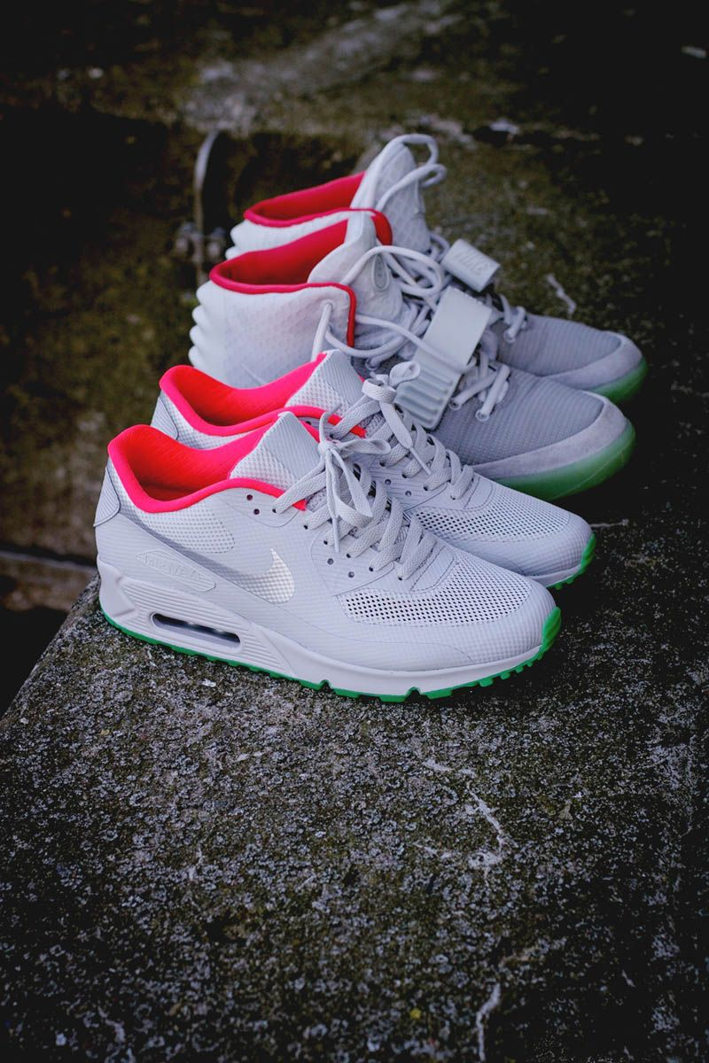 detailed look 699b0 2fe4e Nike Air Max 90 Hyp iD × Yeezy