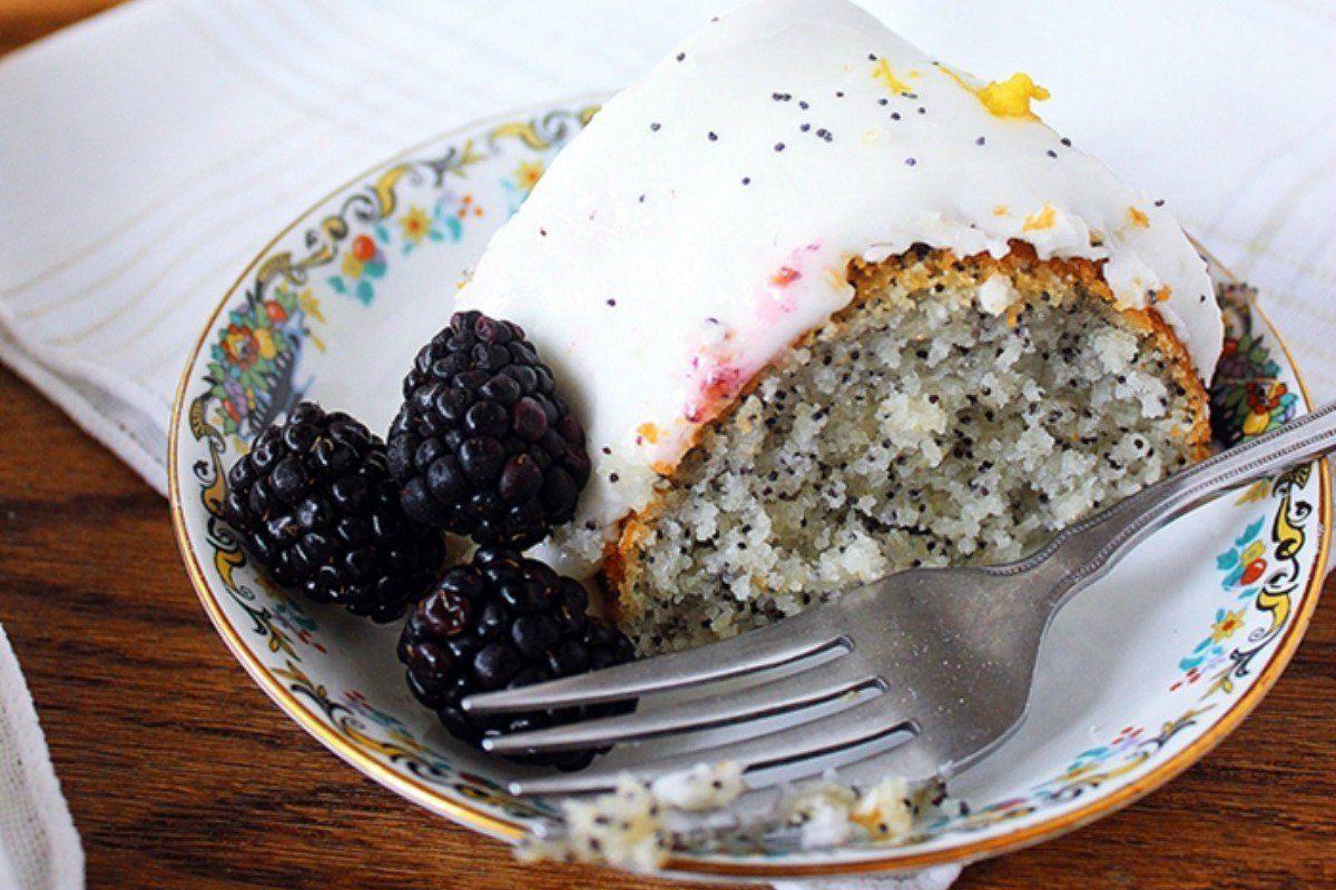 lemon poppy seed pound cake vegan