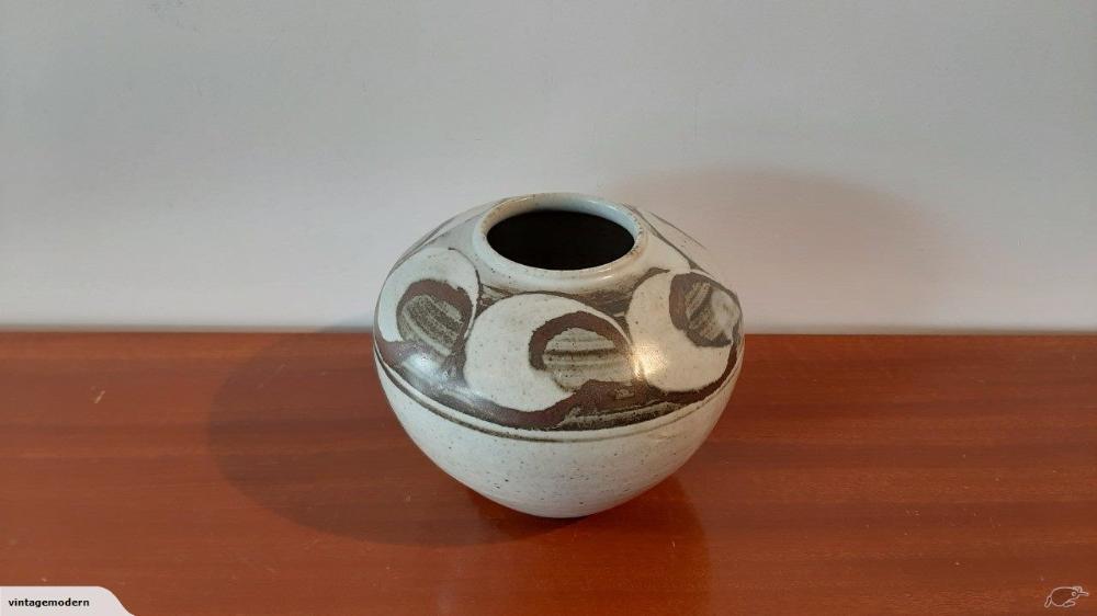 Vintage Wayne Porteous Nz Pottery Vase In 2020 Pottery Vase
