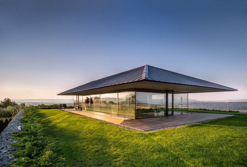 Walmdach Moderne Architektur observation house provides 360 views of its breathtaking surrounding