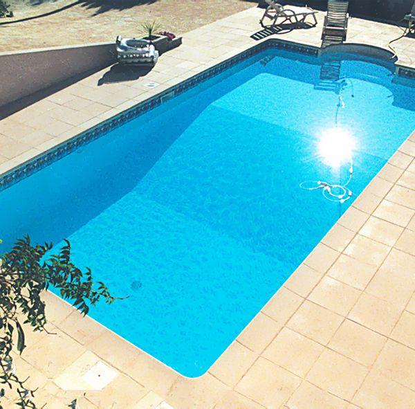 Piscine acier enterrée rectangle fond composé  - piscine hors sol beton aspect bois