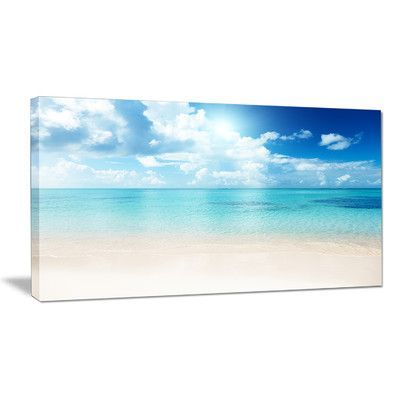"DesignArt Sand of Beach in Blue Caribbean Sea Photographic Print on Wrapped Canvas Size: 16"" H x 32"" W x 1"" D"