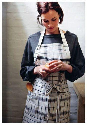 apron rubber and apron pinterest sch rze. Black Bedroom Furniture Sets. Home Design Ideas