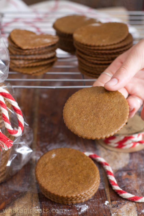 Moravian Molasses Cookies A Classic Czech Cookie Food Cookies