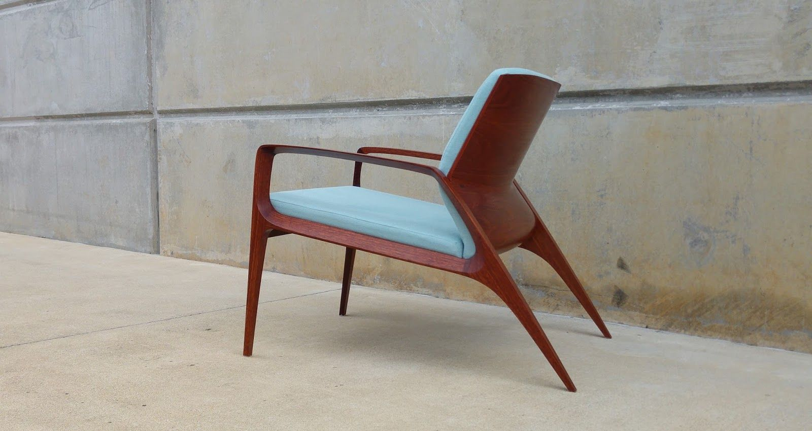 Ross from brisbane in australia sent me these pictures of a chair he recently finished a little retro danish in its simplicity those re