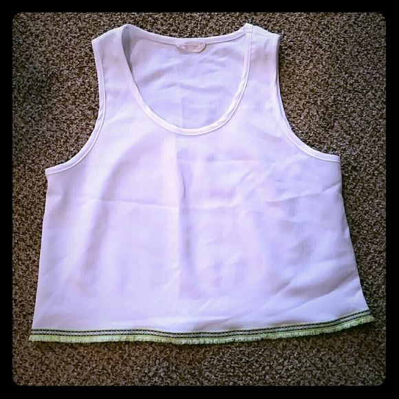 NWOT Cream Green Aztec Trim Crop Top NWOT #cream #green #aztecprint trim #croptop. NWOT #newwithouttags. Super cute with skinny jeans and with layering for winter. Says M but can fit a S as well. Madly in Love Tops Crop Tops