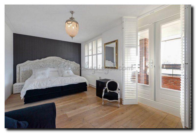 barok-spiegel-zwart-goud-in-barok-slaapkamer | Spiegel in slaapkamer ...