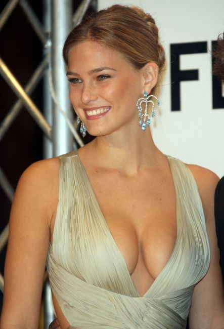 bar refaeli victoria's secret