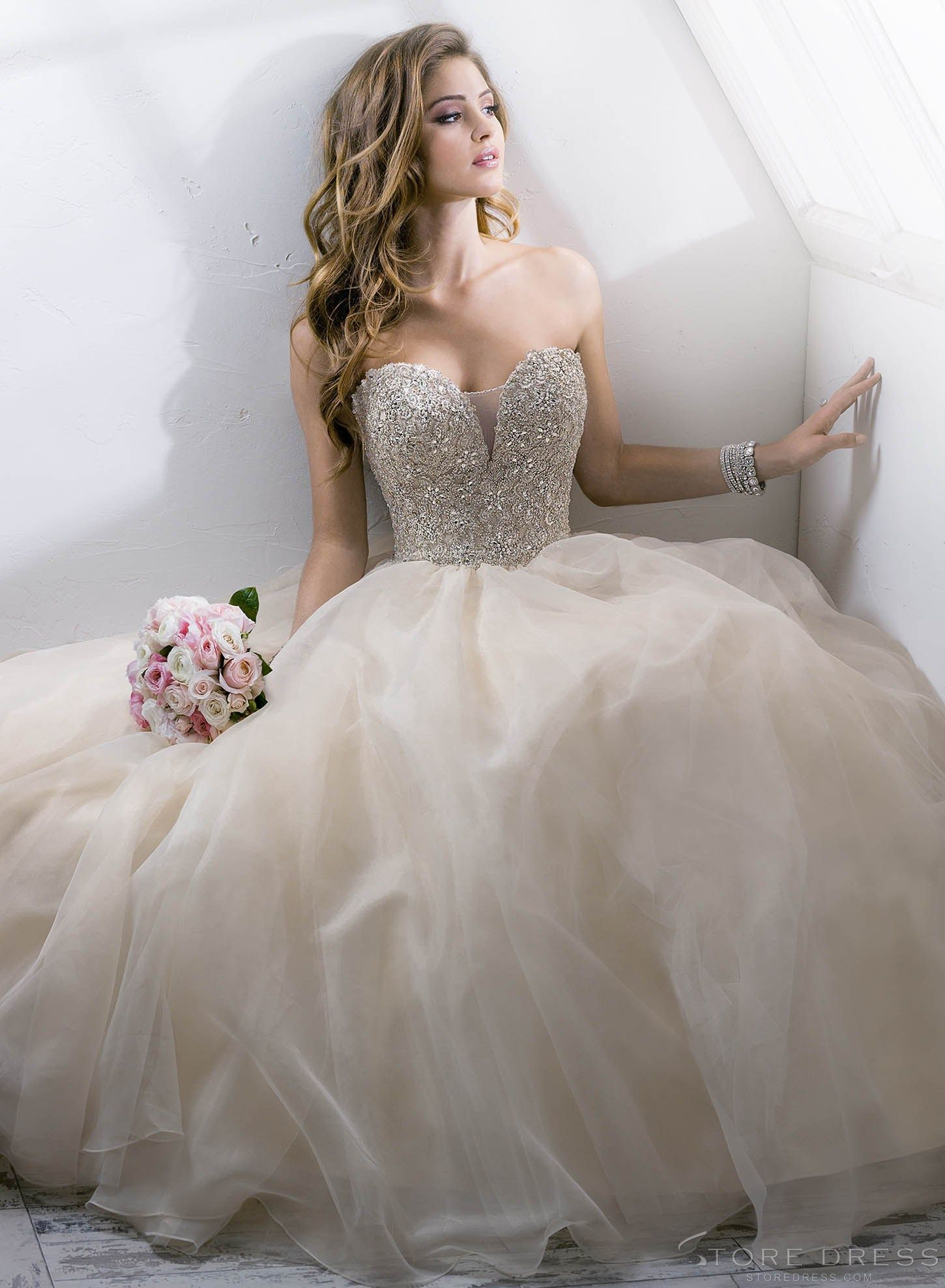 Dreamy ball gown new arrival style vnecksweetheart wedding