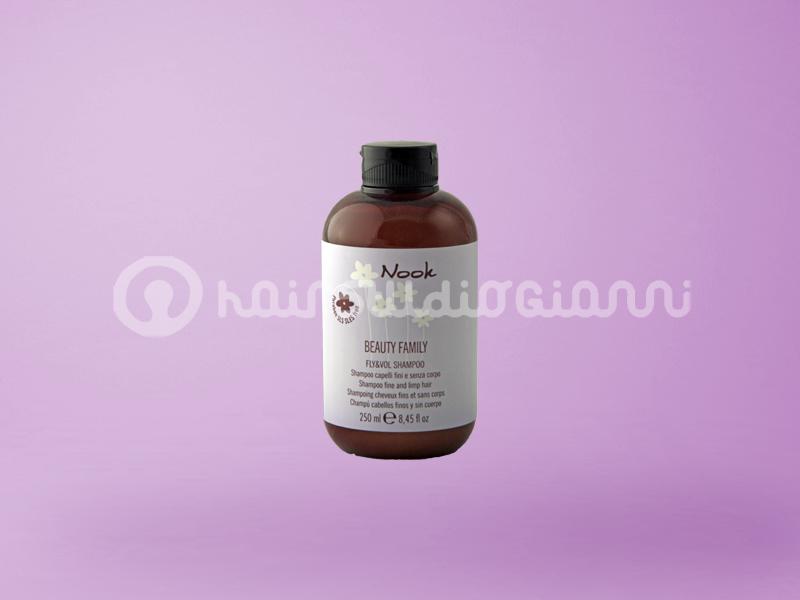 Nook Fly e Vol Shampoo  FLY SHAMPOO pH5,5 Shampoo volumizzante per capelli fini e senza corpo.  Per saperne di più clicca sul seguente link:  http://www.hairstudiogianni.com/Linea-Nook-Prodotti-Ecosostenibili/Nook-Fly-e-Vol-Shampoo-250ml.html