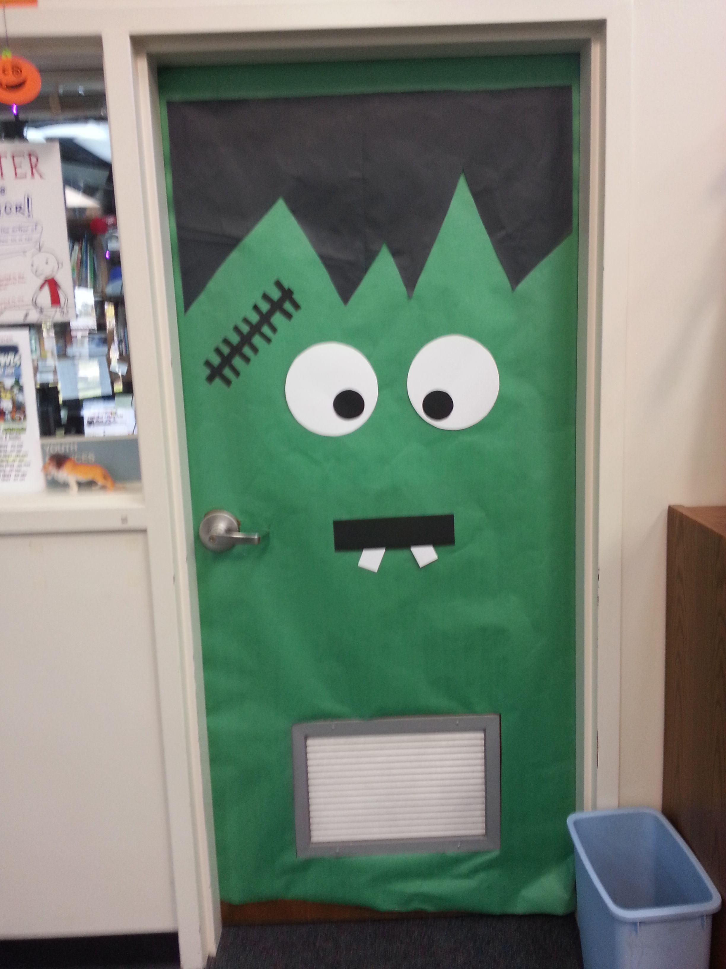 Ms Mary\u0027s office door decorated for Halloween 2014 Office door - Halloween Office Door Decorating Contest Ideas