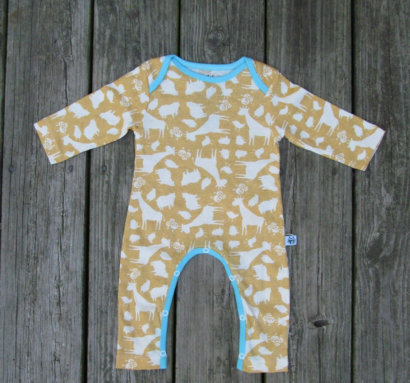 Fall baby romper sleeper made of organic cotton material in the cutest mustard yellow.  Adorable animal print with vibrant trim too cute for winter!! Baby Size 3-6 6-12 Boys Girls Infants Newborns!