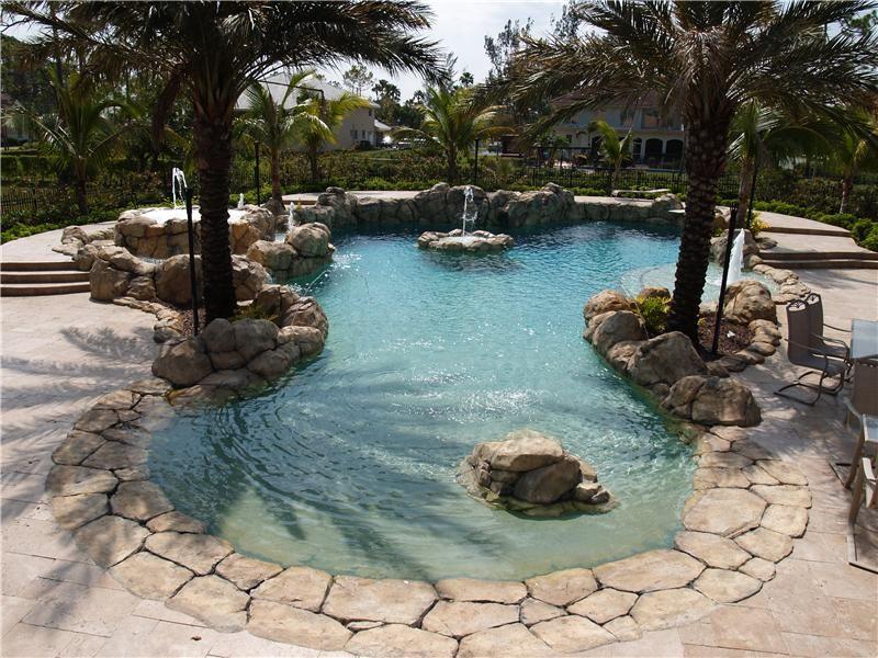 Rock Work Gallery Aaa Custom Pools Inc Jupiter Fl 561 493 8841 Luxury Swimming Pools Beach Entry Pool Swimming Pools